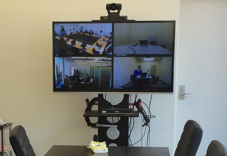 画像:寿スピリッツ様 テレビ会議システム