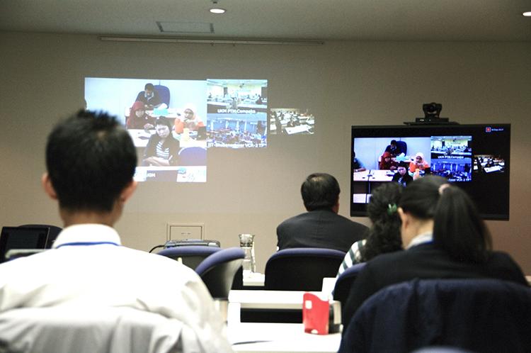 アイキャッチ画像:国連大学様 遠隔講義の様子